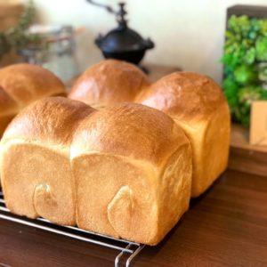 ★★ふっくらもっちり湯種山型食パン