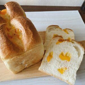 ★★2種のチーズのホテルブレッド